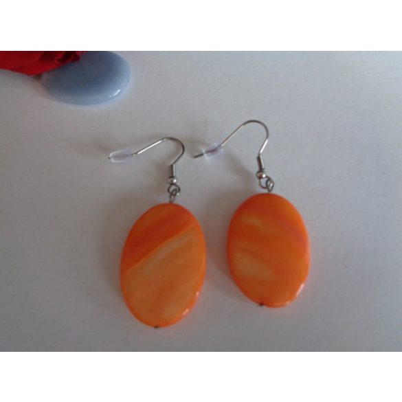 Ovális narancssárga gyöngyház fülbevaló